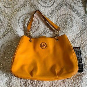 OMG Michael Kors gorgeous leather bag
